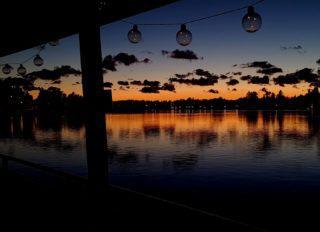 Torstai illan klo 20 30-22.30 yleiselle risteilylle on vielä muutama lippu jäljellä. Elo-syyskuun pimenevät illat on hienoimpia aikoja risteillä. . . . . #koivurannansaunalautta #saunalautta #kahvila #kelluvakahvila #löyly #visitoulu #visitfinland #yleinensauna #saunalauttaristeily #avanto #ulkoporeamme #oulu247 #risteily #saunalauttaristeilyt #remontti #sauna #elämyksenkoordinaatit #vohveli #kahvi #hääpäivä #aurorahut #koivurannaniglut #iglu #lasi-iglu #igloos #finland #lapland #auringonlasku #sunset